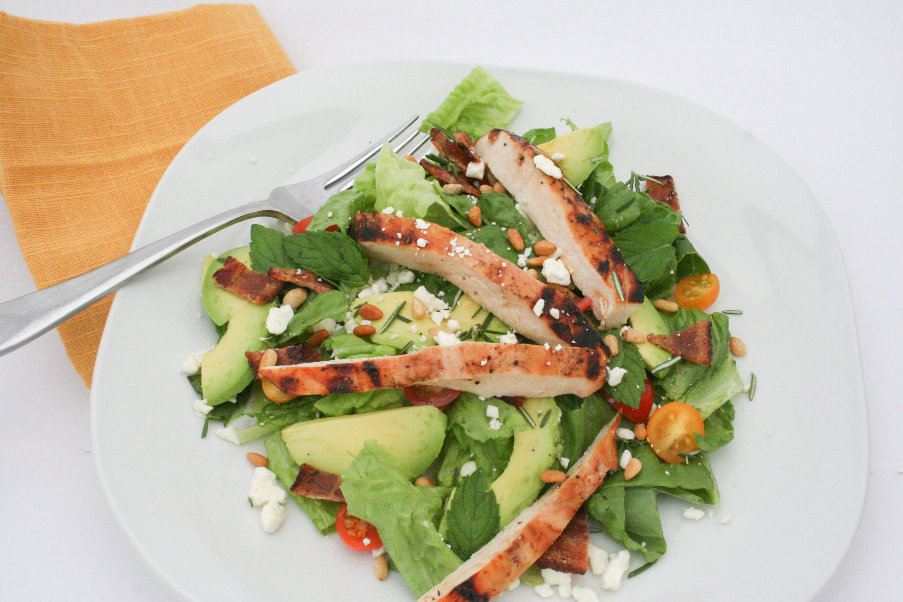 Grilled chicken salad with avocado and herbs-1