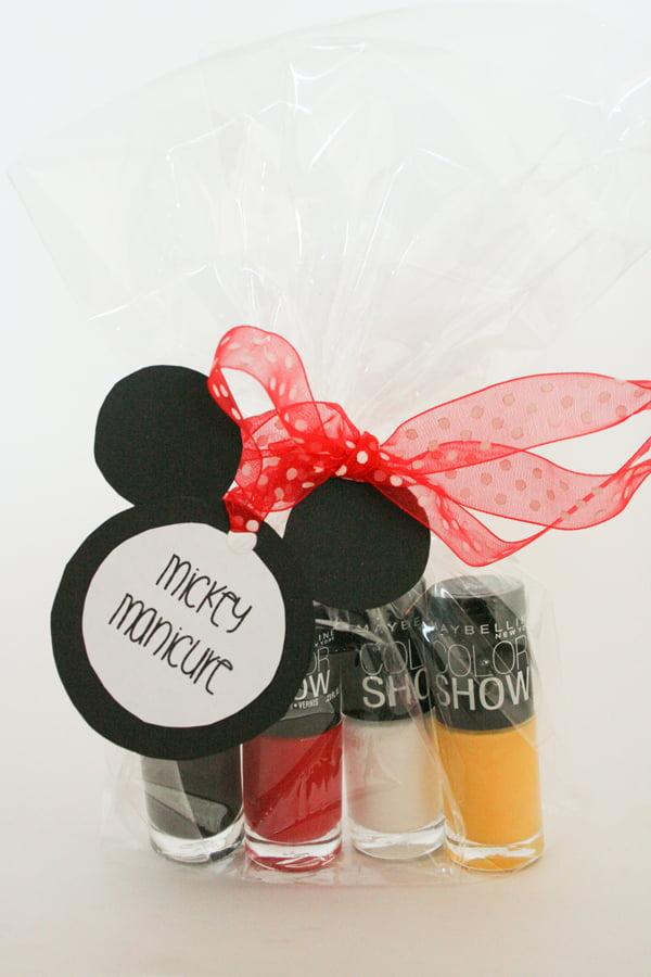 MickeyManicure1-1
